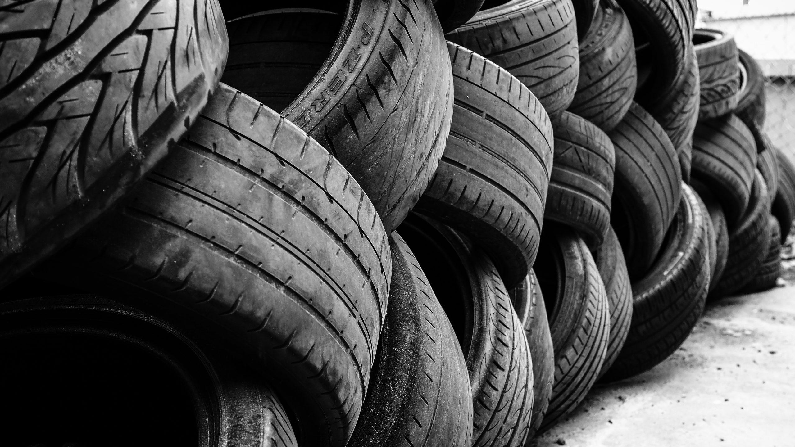 car-tires-black-together